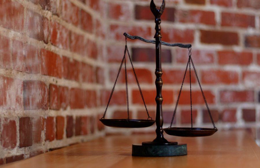 Ripple [XRP]-ex-SEC Chair team to take on regulators in XRP lawsuit