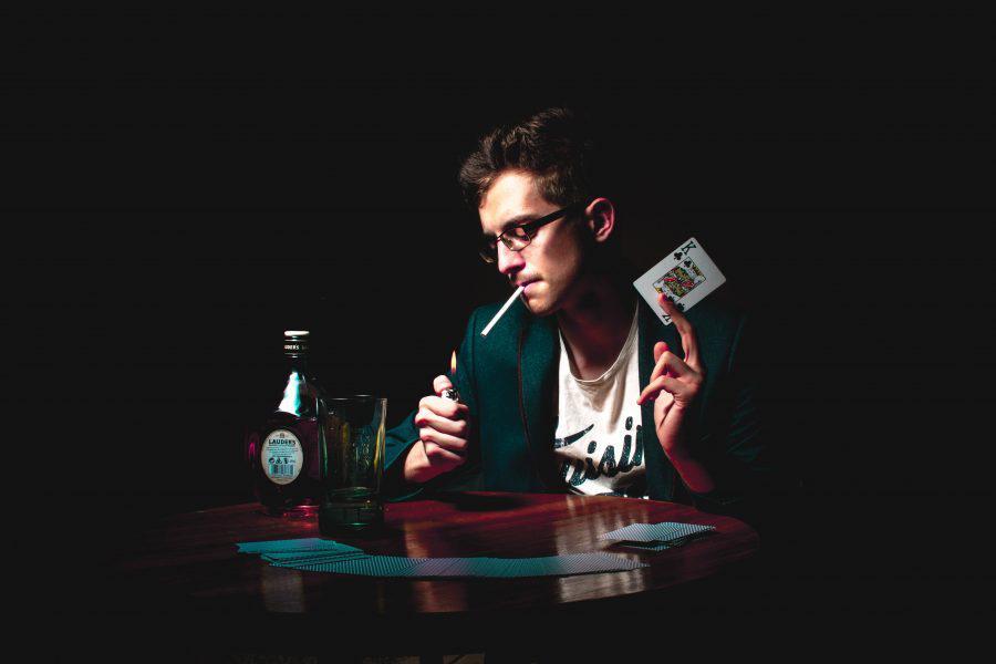 Bitcoin [BTC] Maximalist says trading is like playing poker