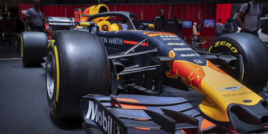 Formula 1 goes into Blockchain